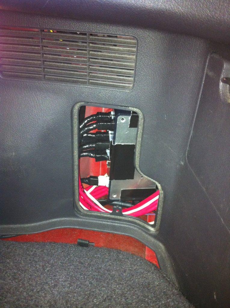 Mitsubishi 3000gt VR4 ECS Suspension Controller - SparkFun